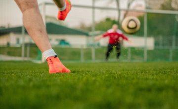 Fußballschuhe für Spielertypen – worauf kommt es beim Kauf an?