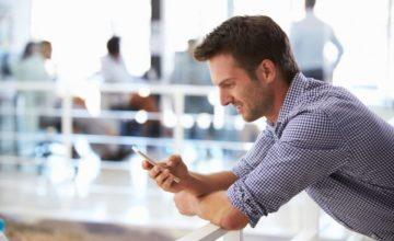 E-Sport mobil: Mit dem Smartphone auch unterwegs zocken – und wetten!