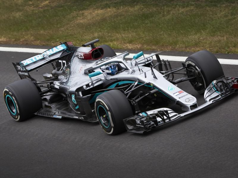 Valtteri Bottas kehrte mit einem zwei Jahre alten Rennwagen auf die Traditionsstrecke zurück. Foto: Steve Etherington/Mercedes-Benz Grand Prix Ltd./dpa                                 Steve Etherington
